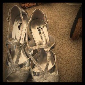 High-heel-open toed